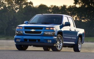 GM Recalls 2010-2012 Chevrolet Colorado, GMC Canyon For Missing Hood Latches