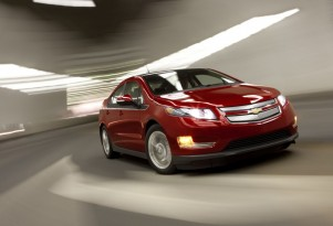 Friendly Fire: Chevrolet's Cruze Stunting Volt Sales?
