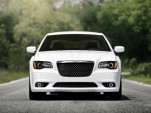 2012 Chrysler 300 SRT8: Luxury Family Car Plus Performance