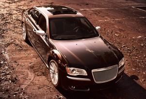Tesla Model S, Hyundai Veloster Turbo, Chrysler 300: Top Videos Of The Week