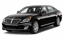 2012 Hyundai Equus 4-door Sedan Ultimate Angular Front Exterior View