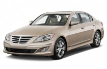 2012 Hyundai Genesis 4-door Sedan V6 Angular Front Exterior View