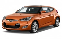 2012 Hyundai Veloster 3dr Coupe Man w/Black Int Angular Front Exterior View