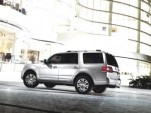 2012 Lincoln Navigator Luxury Family SUV Reportedly To Get EcoBoost V-6 Engine