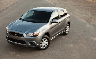 Mitsubishi Gives You The Day Off With A 2012 Outlander Sport (Video)