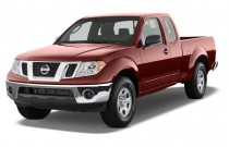 2012 Nissan Frontier 2WD King Cab I4 Auto SV Angular Front Exterior View