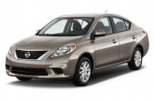 2012 Nissan Versa Photos