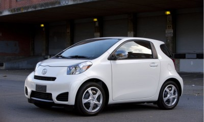 2012 Scion iQ Photos
