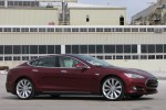Tesla Recruits U.S. Military Veterans To Build Electric Cars In California