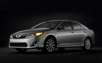 2012 Toyota Camry: Aiming For Five-Star Safety With Ten Airbags