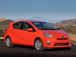 Graduating From College? Get $1,000 Off A 2012 Toyota Prius C