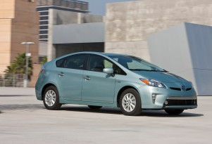 Toyota Prius, Plug-In, Lexus CT200h recalled for airbag issues, not Takata-related
