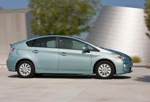 2013 Toyota Prius Plug-in Challenge Raises Funds For Philanthropy