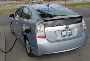 Toyota Fixes Quirks On Upcoming 2012 Prius Plug-In Hybrid