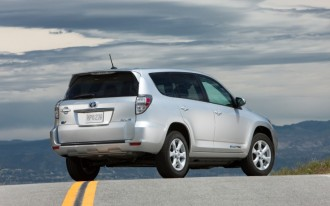 2009-2012 Toyota RAV4, 2012-2014 Toyota RAV4 EV Recalled For Wiper Corrosion