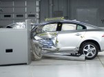 2012 Volvo S60 undergoing IIHS' new frontal crash test