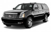 2013 Cadillac Escalade ESV 2WD 4-door Base Angular Front Exterior View