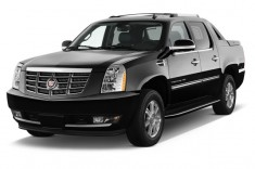 2013 Cadillac Escalade EXT AWD 4-door Base Angular Front Exterior View