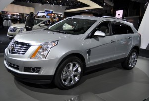 2013 Cadillac SRX: Walkaround Video