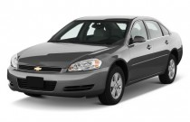 2013 Chevrolet Impala 4-door Sedan LT Retail Angular Front Exterior View