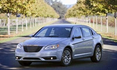 2013 Chrysler 200 Photos