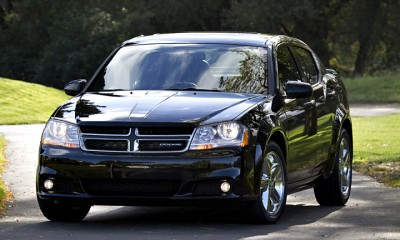 2013 Dodge Avenger Photos