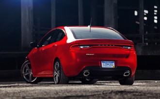 2013 Dodge Dart: 2012 Detroit Auto Show Video