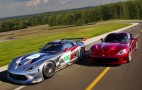 2013 SRT Viper Hits The Track In Forza 4 Trailer: Video