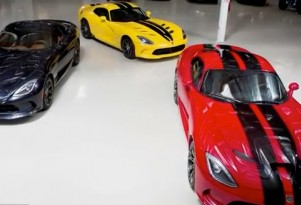 2013 SRT Viper Vists Jay Leno's Garage
