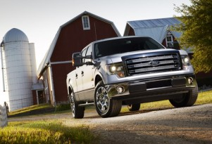 Texans Still Love Trucks, But Hybrid Sales Are Growing