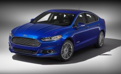 2013 Ford Fusion Hybrid Photos