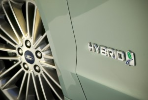 2013 Ford Hybrids' Gas Mileage Generates First Lawsuit