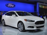 2013 Ford Fusion: Live Detroit Show Photos