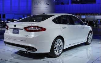 2013 Ford Fusion, Tesla Model S, Chrysler Diesels: Today's Car News