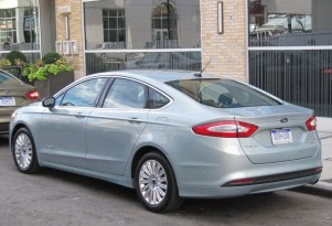 2013 Ford Fusion Hybrid: Very Short First Drive
