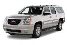 2013 GMC Yukon XL 2WD 4-door 1500 SLT Angular Front Exterior View