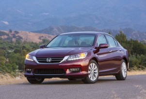 New Frontal Crash Tests: Honda Accord Aces, Toyota Camry Flubs