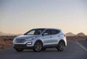 2013 Hyundai Santa Fe Sport Blends Fuel Efficiency And Driveability