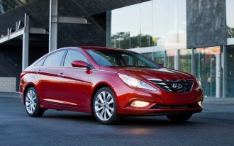 2013 Hyundai Sonata Loses Manual Gearbox, Gains Features