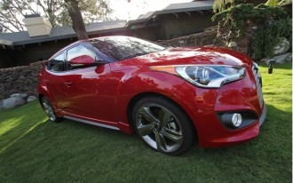 2013 Hyundai Veloster Turbo Goes To The Matte