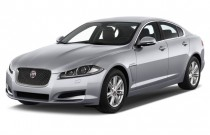 2013 Jaguar XF 4-door Sedan I4 RWD Angular Front Exterior View