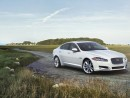 2013 Jaguar XF 4-Door Sedan V8 Supercharged RWD