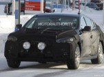 2013 Kia KH spy shots