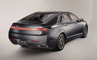 Undercover Cops, Lincoln MKZ Recall, Keyless Entry Tech: What's New @ The Car Connection