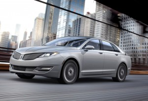 2013 Lincoln MKZ Hybrid Gets EPA Rated At 45 MPG All-Round