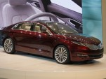 2013 Lincoln MKZ Concept: Detroit Auto Show Video