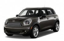 2013 MINI Cooper Countryman FWD 4-door Angular Front Exterior View