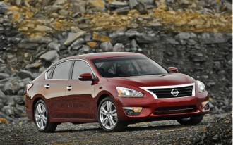 2013 Nissan Altima 3.5 SL: Driven