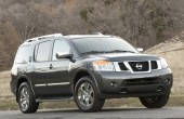 2013 Nissan Armada Photos