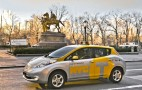 One New York Cabbie Loves His Nissan Leaf Electric Taxi
